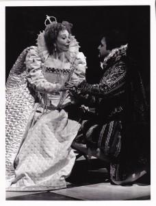 Clare Martin in Roberto Devereux